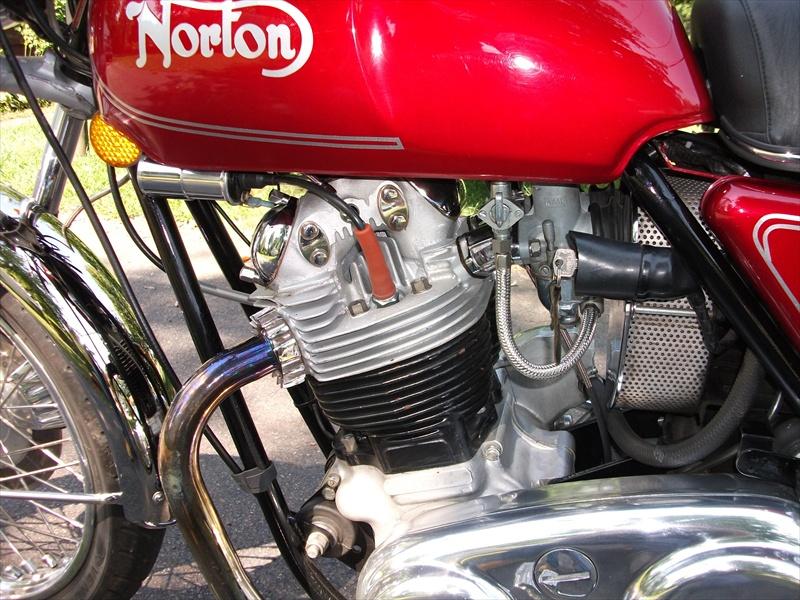 Norton 850